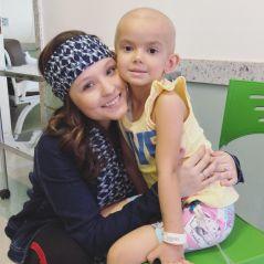 Larissa Manoela visita fãs com câncer no dia mundial de combate à doença
