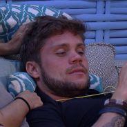 """No """"BBB18"""": Breno fala mal de Ana Clara e critica comportamento de Gleici"""