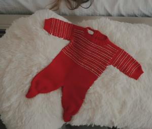 Roupinha de bebê aparece em novo clipe de Arthur Aguiar, que anuncia a gravidez de Mayra Cardi