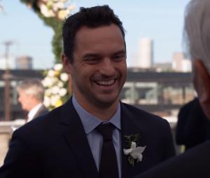 """No final de """"New Girl"""", Nick (Jake Johnson) está pronto para casar comJess (Zooey Deschanel)"""