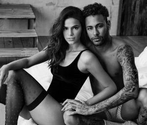 Bruna Marquezine e Neymar Jr. posaram em clima quente para campanha de Dia dos Namorados