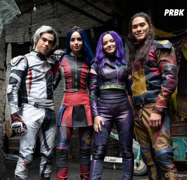 "Primeira foto de ""Descendentes 3"" mostra novo visual de Mal, Evie, Carlos e Jay"