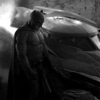 """Saiu uma foto do Batmóvel que estará no filme """"Batman vs Superman"""". Tá show!"""