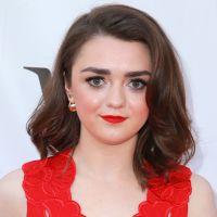 """Maisie Williams, a Arya de """"Game of Thrones"""", muda o visual após o fim da série"""