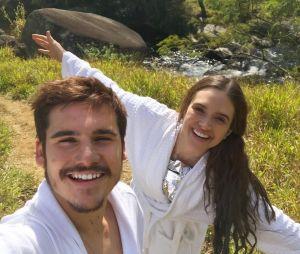 Nicolas Prattes fala sobre relacionamento com Juliana Paiva e agradece carinho dos fãs!