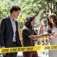 """Série """"The Flash"""": Barry Allen (Grant Gustin) aparece com seu uniforme original em imagens"""