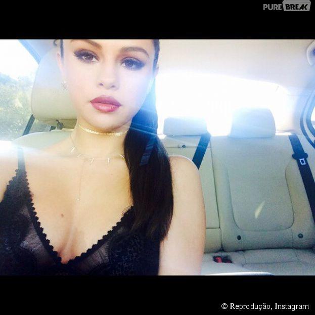 Selena Gomez aparece bem produzida em foto do Instagram