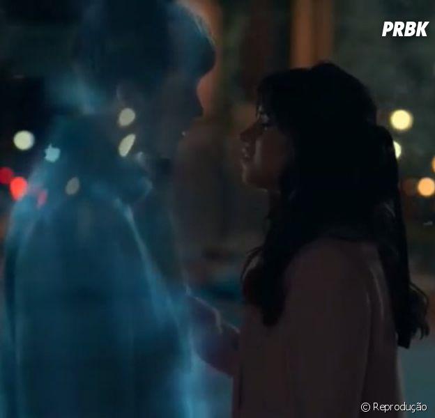 """Camila Cabello libera teaser do clipe de """"Consequences"""" e lança nova versão da música"""