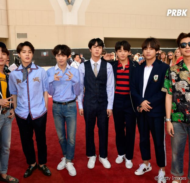 BTS recebe medalha do Mérito Cultural da Coreia do Sul