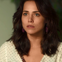 """Rosa é ameaçada de morte por Laureta em """"Segundo Sol"""" após cafetina descobrir traição"""