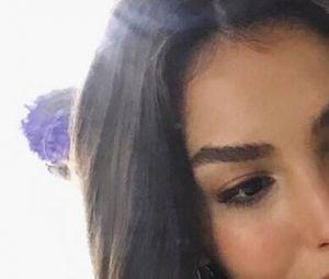 """Marina Moschen corta o cabelo para interpretar Larissa em """"Verão 90"""""""
