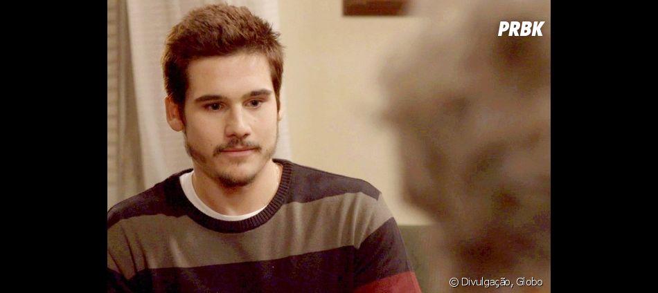 """Em """"O Tempo Não Para"""", Samuca (Nicolas Prattes) fica surpreso com pedido de Betina (Cleo Pires)"""