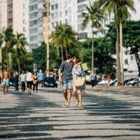 """Marocas e Samuca estão puro love durante a lua de mel em """"O Tempo Não Para"""""""