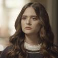 """Em """"O Tempo Não Para"""", Marocas (Juliana Paiva) se revolta com mentira de Betina (Cleo)"""