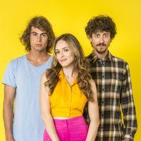 """Aqui está o vídeo oficial com o elenco de """"Verão 90"""", nova novela das sete da Globo"""