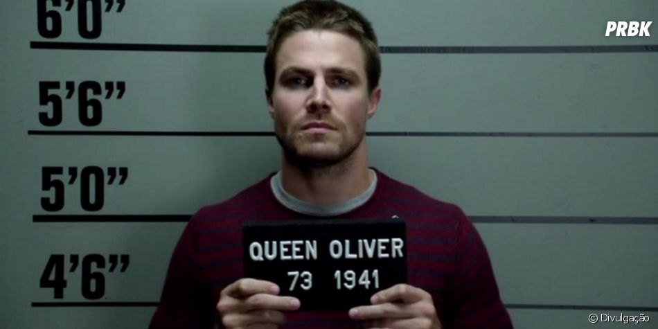 """Em """"Arrow"""", Oliver (Stephen Amell) ficou um bom tempo na cadeia nesta 7ª temporada"""