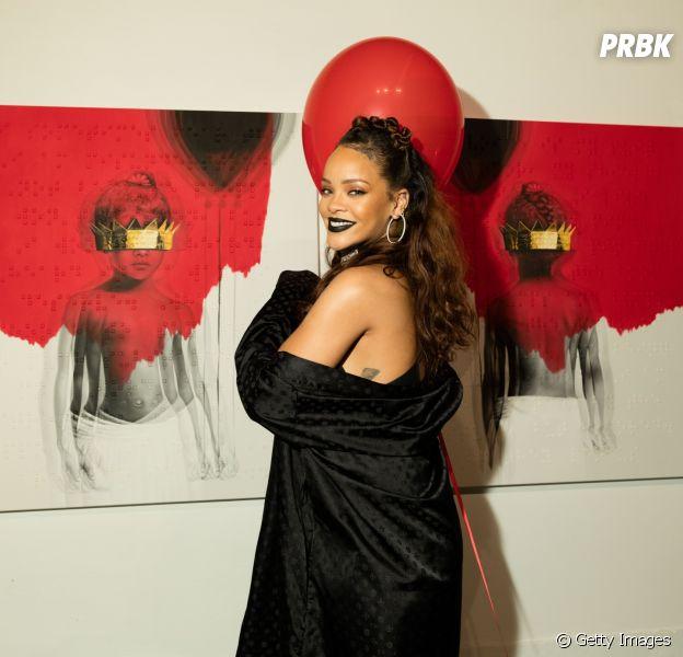 """Rihanna comemora três anos de """"Anti"""", seu último álbum de estúdio lançado"""