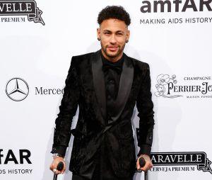 Neymar começou no Santos FC aos 13 anos
