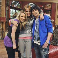"""Já parou para pensar em como estariam os personagens de """"Hannah Montana"""" hoje?"""