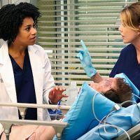 """Em """"Grey's Anatomy"""": Kelly McCreary comenta a relação de Meredith e Meggie"""
