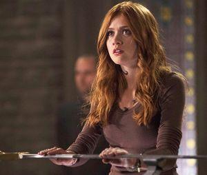 """Em """"Shadowhunters"""", Clary (Katherine McNamara)vai passar por uma mudança drástica no final da série!"""