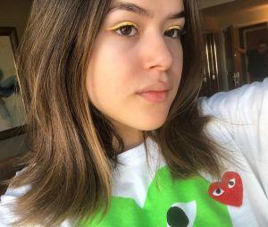Maisa Silva arrasa no delineador colorido e nós vamos mostrar!
