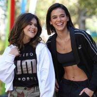 Neste Dia da Mulher, Bruna Marquezine e Maisa mostram como deve ser a relação entre duas mulheres