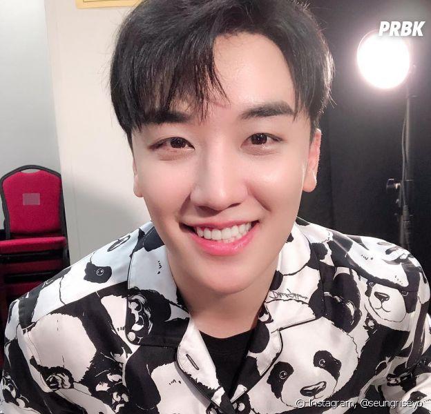 """Lee Seung-hyun, do BIGBANG, é acusado de participar de um esquema de """"fornecimento"""" de prostitutas para investidores"""