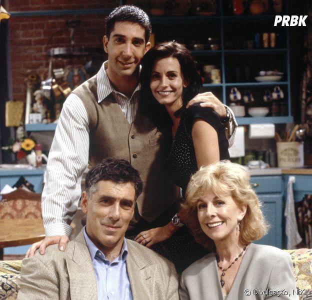 """""""Friends"""": o detalhe safadinho da família Geller que passou despercebido"""