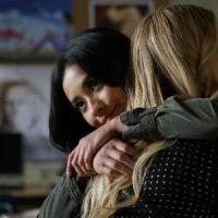 """Você é shipper de Emily e Alison? Então, se prepare para essa revelação de """"PLL: The Perfectionists"""""""