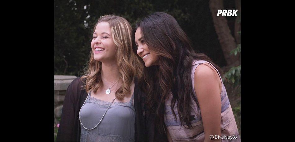 """Em """"Pretty Little Liars: The Perfectionists"""", motivo do divórcio de Alison (Sasha Pieterse) e Emily (Shay Mitchell) não foi revelado - ainda"""