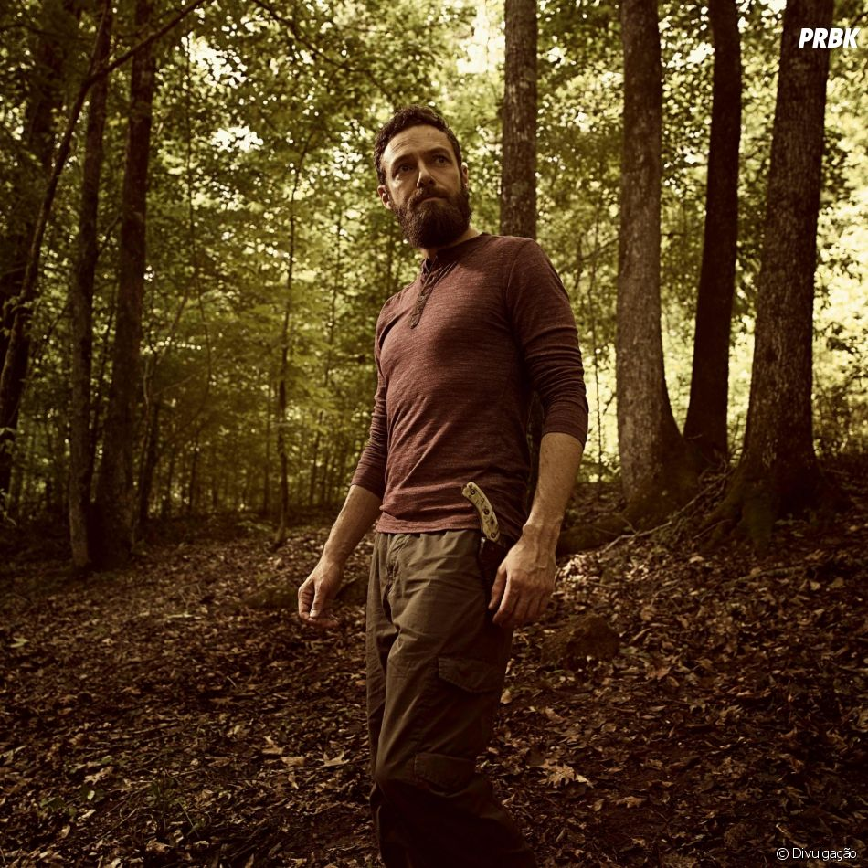 "O atorRoss Marquand, que interpreta o Aaron, diz que ""The Walking Dead"" pode durar bastante tempo!"