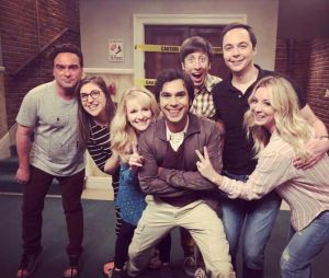 "Elenco de ""The Big Bang Theory"" será homenageado em ""Young Sheldon"""