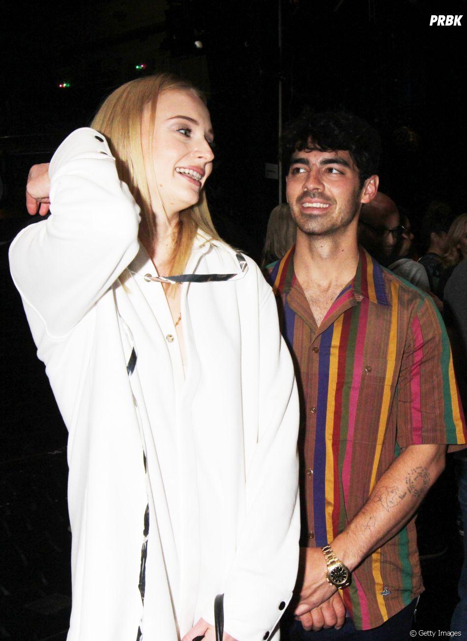 Joe Jonas ajudou Sophie Turner no período depressivo da atriz
