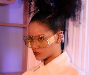 Rihanna é a capa da Revista T, encarte do jornal americano The New York Times, e conta detalhes sobre seu novo álbum