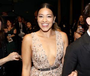 """Gina Rodriguez foi escalada para o filme """"Awake"""", próxima ficção da Netflix"""