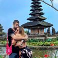 Anitta e Pedro Scooby: cantora compartilha primeira foto ao lado do novo namorado