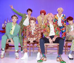 Big Hit, produtora do BTS, faz anúncio dizendo que vai entrar na Justiça para proteger seus artistas contra ódio na internet