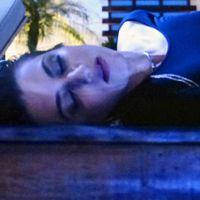 """Novela """"Malhação"""": Jade e Cobra invadem a Aquazen e ela sofre acidente!"""