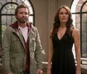"""Escuridão(Emily Swallow) deve retornar como vilã ao lado de Deus (Mark Pellegrino) em """"Supernatural"""""""