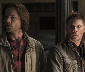 """""""Supernatural"""": Sam (Jared Padalecki) e Dean (Jensen Ackles) ainda vão enfrentar muitos desafios pela frente"""