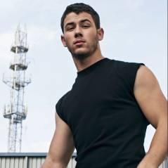 """Nick Jonas posa para revista gay e fala sobre sexo: """"Muito importante"""""""