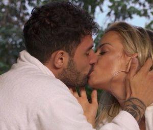 """""""De Férias com o Ex Brasil:Celebs"""": João e Marcelle ficaram e isso deixou Lipe bem irritado"""