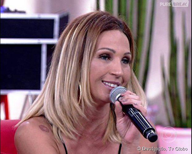 """Valesca Popozuda comemora sucesso do novo hit no programa """"Encontro com Fátima Bernardes"""""""
