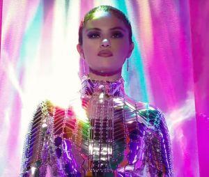 """Selena Gomez está de volta: cantora conquista topo da Billboard Hot 100 com """"Lose You To Love Me"""""""