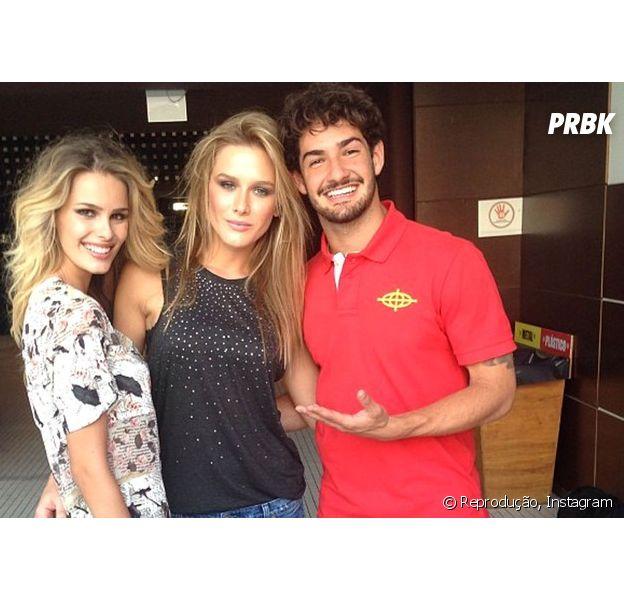 """Fiorella Mattheis comenta namoro com Alexandre Pato durante participação no """"Programa do Jô"""", da Globo"""
