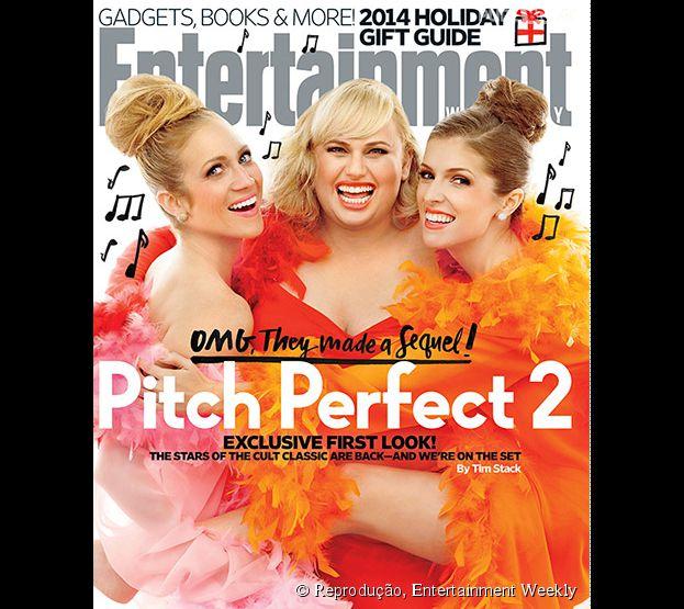 """O elenco de """"A Escolha Perfeita 2"""" (""""Pitch Perfect 2"""") é a capa da próxima edição da revista Entertainment Weekly"""