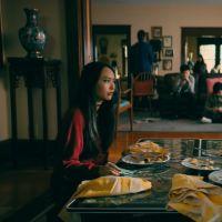 """""""Para Todos os Garotos: P.S. Ainda Amo Você"""" mostra Lara Jean e Peter em crise no trailer final"""