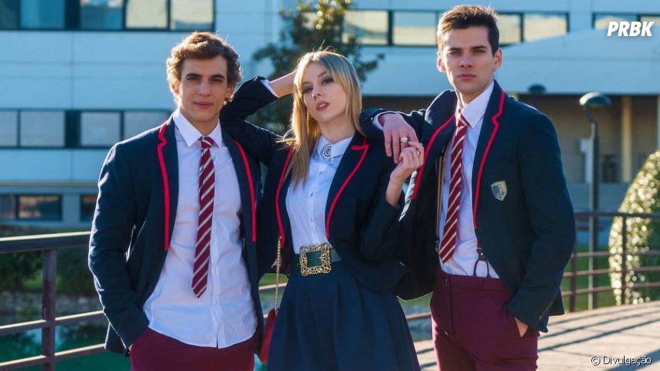 """Na 2ª temporada de """"Elite"""", Carla (Ester Expósito), Christian (Miguel Herrán) e Polo (Álvaro Rico) eram triângulo amoroso"""