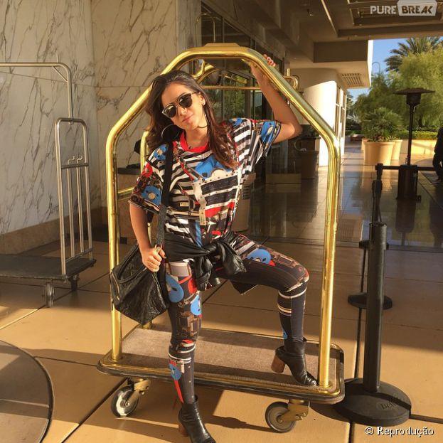 Anitta curte o dia de folga em Las Vegas após participar do Grammy Latino 2014